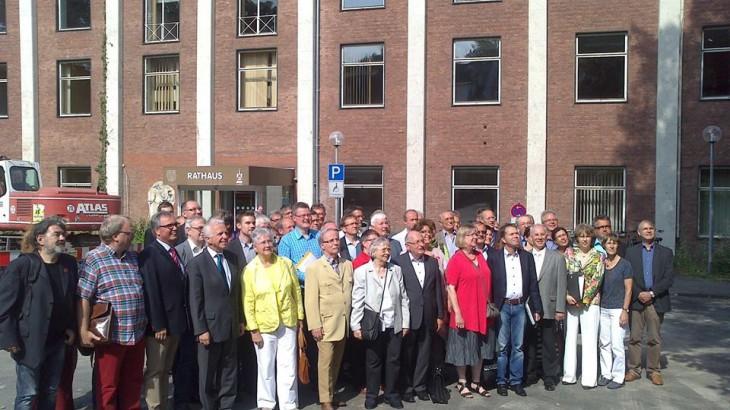 Wir sind die Ratsdamen und -herren, die meisten jedenfalls (Foto © Stadt Kleve)