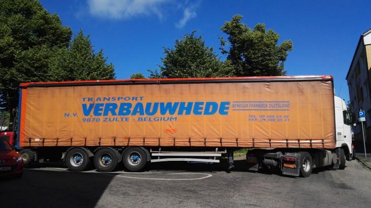 Kurve nicht gekriegt: Belgischer Logistikexperte am Großen Markt