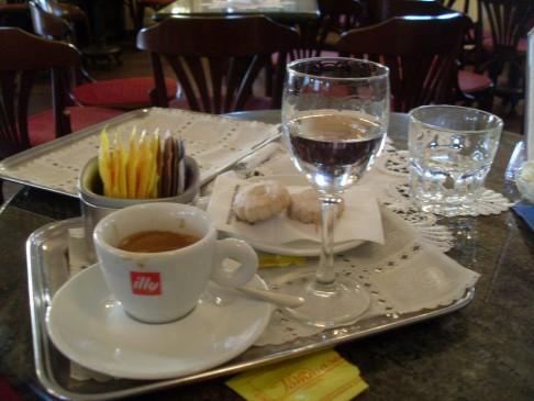 Sündenfall im Caffé Tommaseo