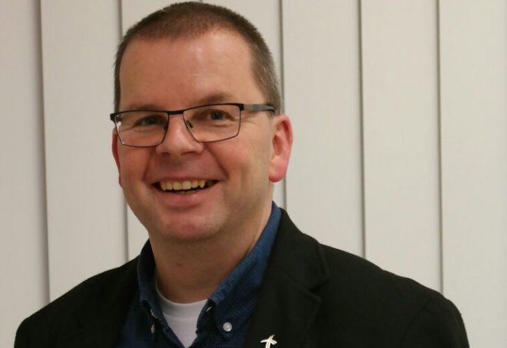 Nach mehr als einem Jahrzehnt an der Spitze der Gemeinde Zur Heiligen Familie eine Demission, die alle Gläubigen schockiert: Pfarrer Christoph Grosch (Foto: Gemeinde Zur Heiligen Familie)