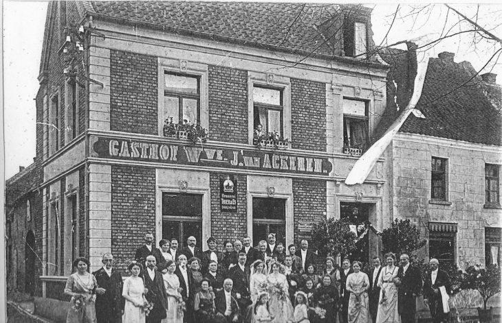 Doppelhochzeit im Gasthof der Witwe van Ackeren?