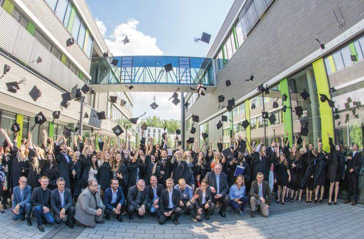 Neue Akademiker, diesmal am HRSW-Standort Kamp-Lintfort