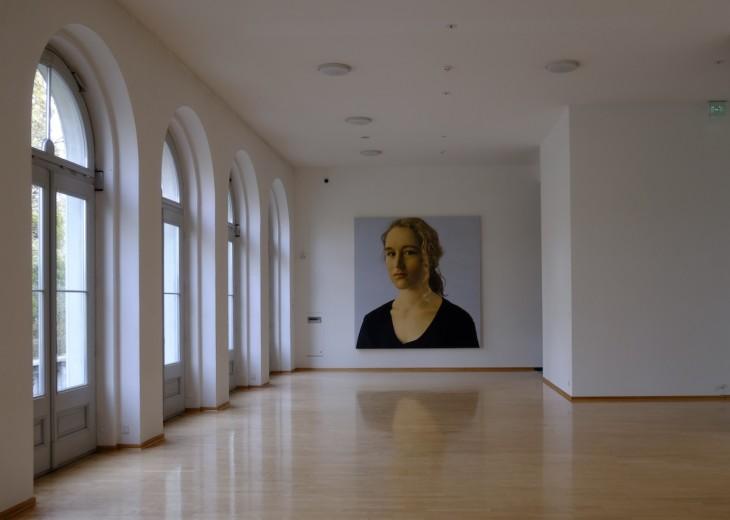 Von allen Bildern im Kurhaus das Beliebteste: Silvia II von Franz Gertsch, gemalt im Jahre 2000