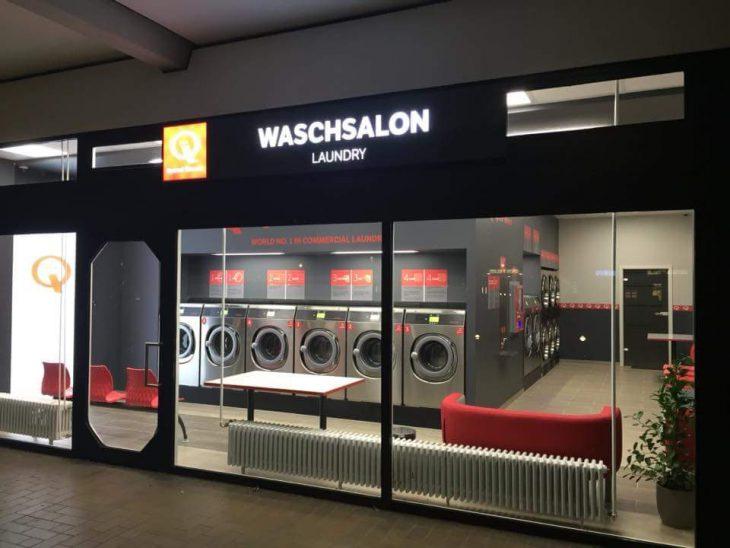 Wie von Hopper gemalt: Speed Queen-Waschsalon in der Innenstadt, von Geschäftsführerin Anja Kersjes fotografiert