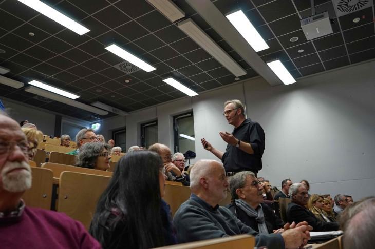 Entspannte Präsentation: Friedhelm Hülsmann (Foto: Thomas Velten)