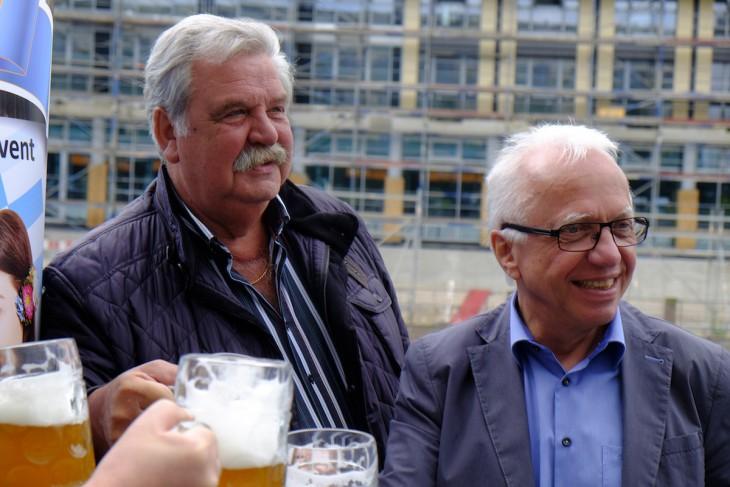 Männer wie wir: Bernd Zevens, Theo Brauer